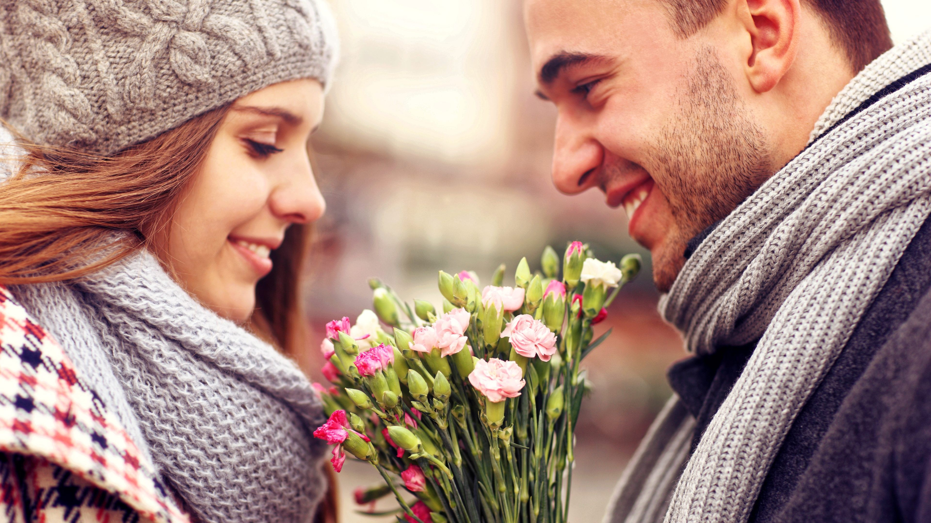 Simple Wallpaper High Quality Couple - 80072-happy-couple-ultra-hd-4k-ultra-hd-wallpaper  Best Photo Reference_464811.jpg