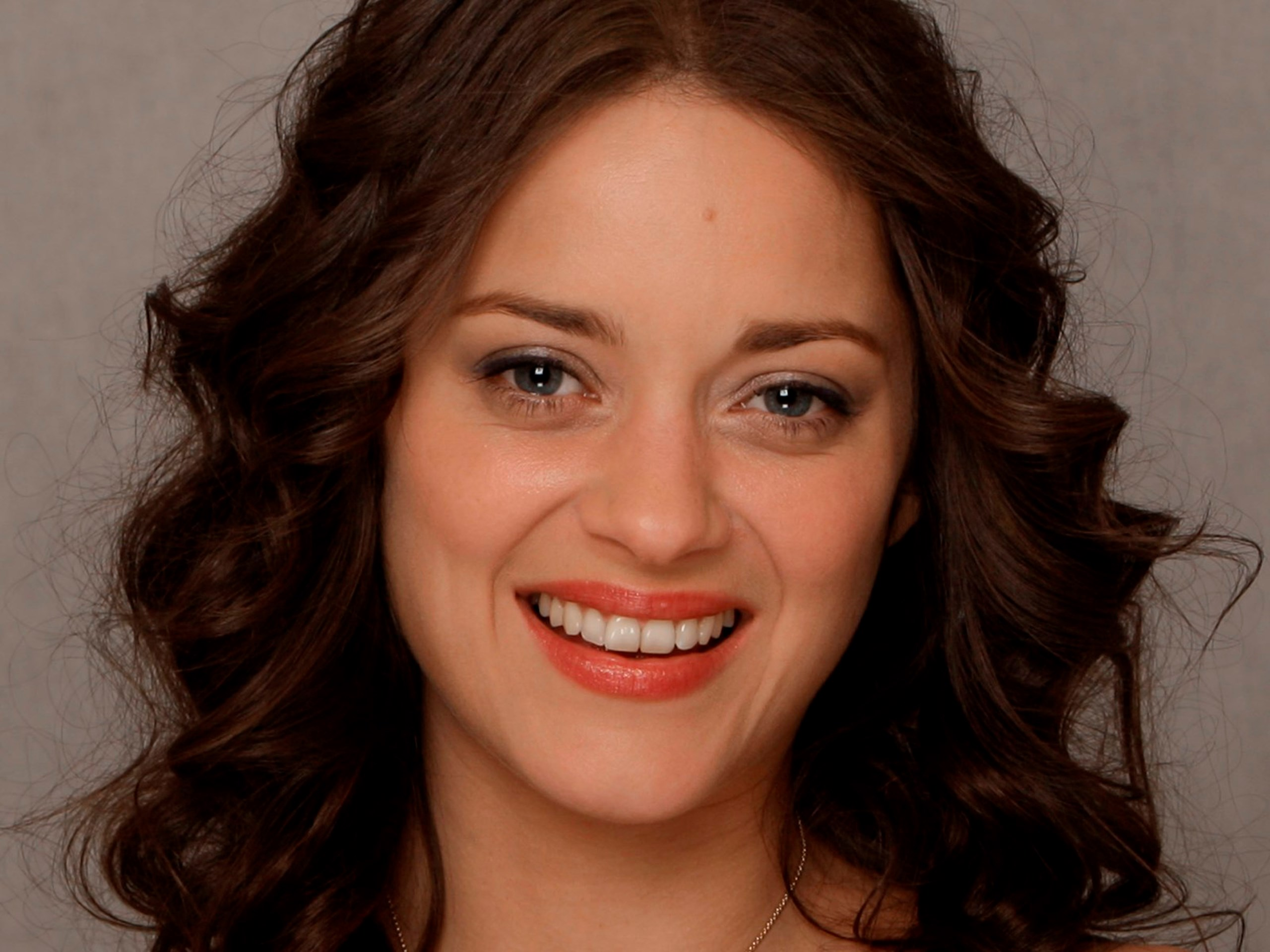 Marion Cotillard latest pics - HIGH RESOLUTION PICTURES
